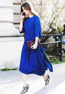 perfect shoes for a royal blue dress